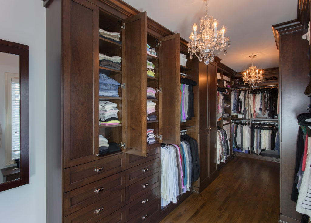 Walk in Closet Layouts - Closet and Beyond